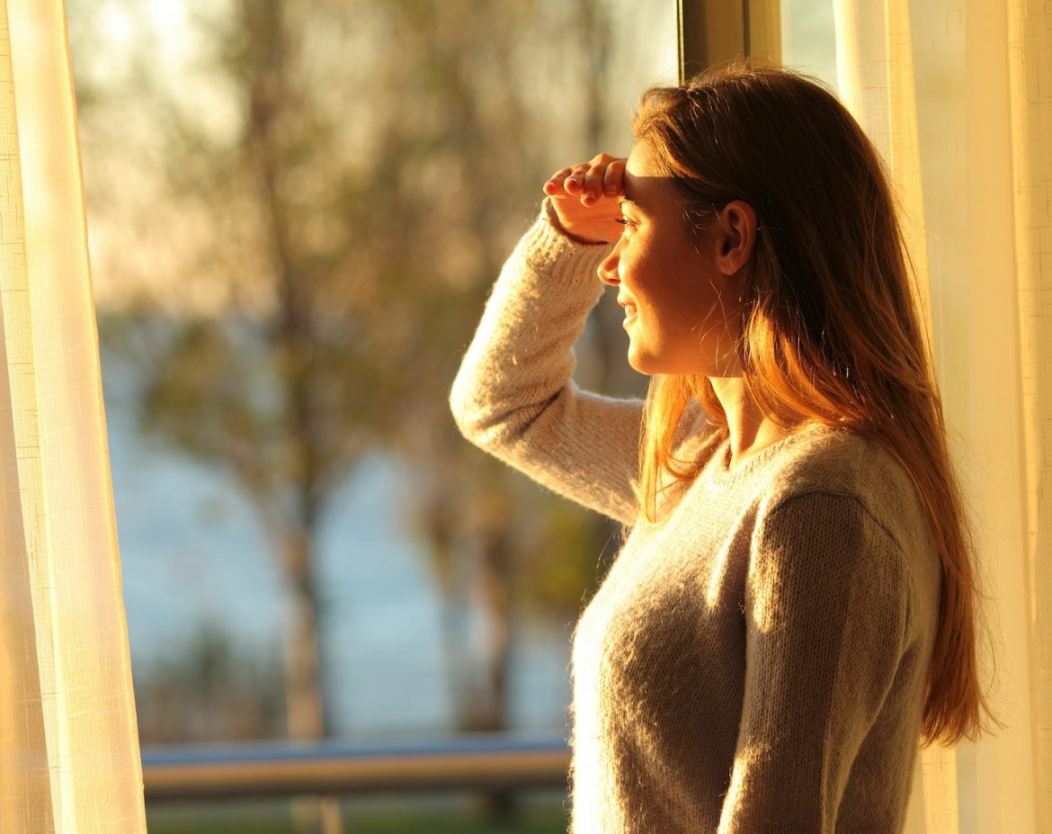 Glare Issues & Excessive Heat Problems As You Spend Time At Home? - Home Window Tinting in the Madera, California